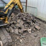 掘削中に埋設物があり